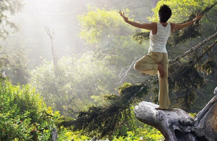 P man Yoga in nature